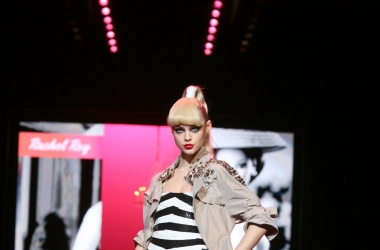 2009 Barbie Runway Show (View only, no download)